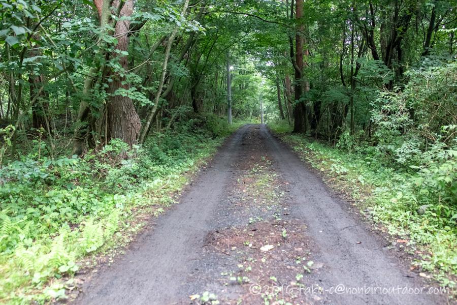本栖湖キャンプ場の通路