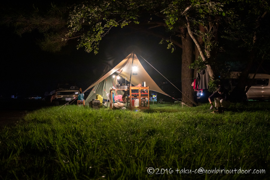 本栖湖キャンプ場の夜