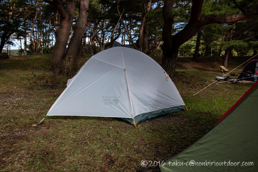 本栖湖キャンプ場で設営完了したマウンテンハードウェアのゴーストスカイ3