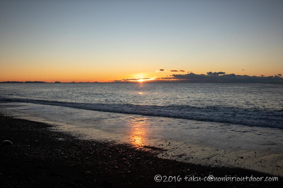 大晦日の国府津海岸でのショアジギング