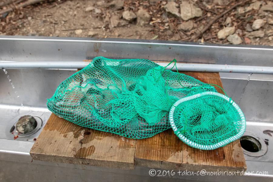 2021年2月24日のうらたんざわ渓流釣り場にてルアーで釣れたニジマス