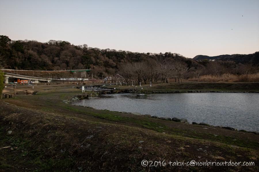 フィッシングフィールド中津川のポンド