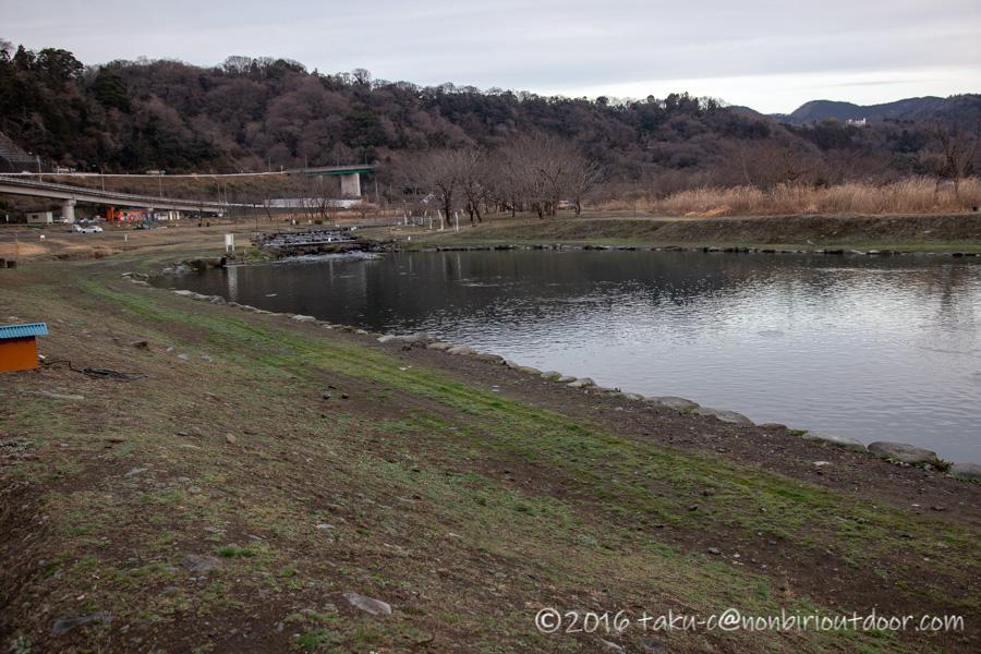 フィッシングフィールド中津川での3月10日のポンドの様子