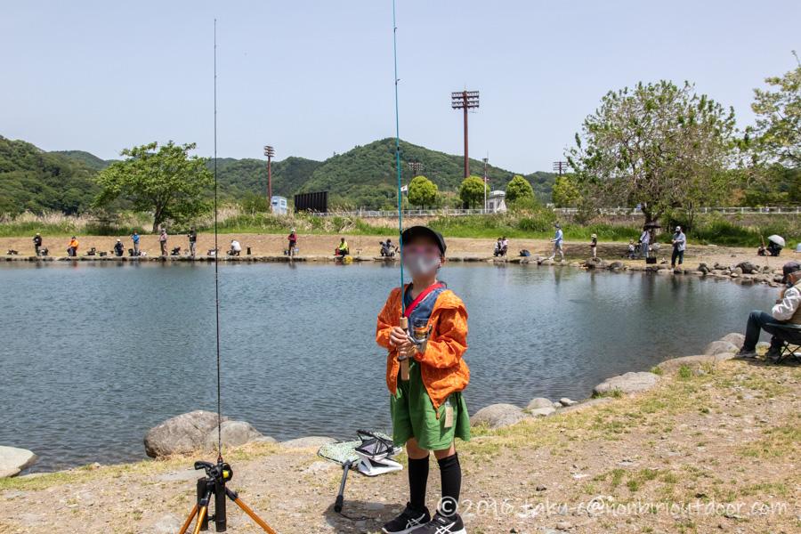 FF中津川にて親子で管理釣り