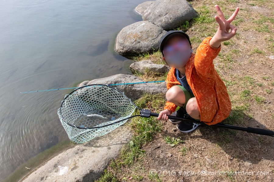 FF中津川で小学校3年生の娘が管理釣り