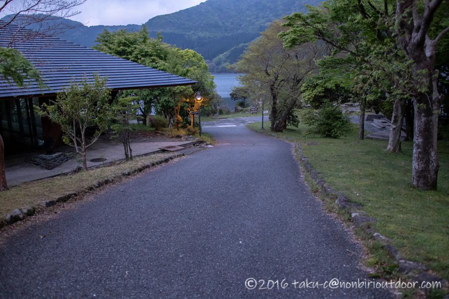 2021年5月12日の芦ノ湖テント村からのショアジギング